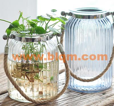 竖纹提绳花瓶